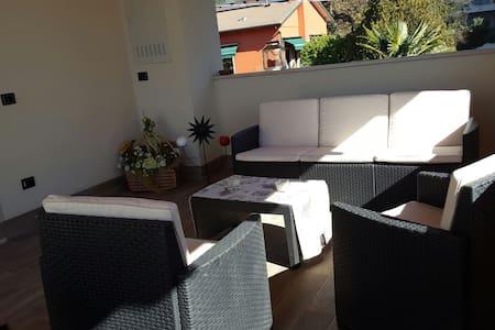 Nuovo appartamento con ampia terraz - Castelnuovo del Garda - Huoneisto