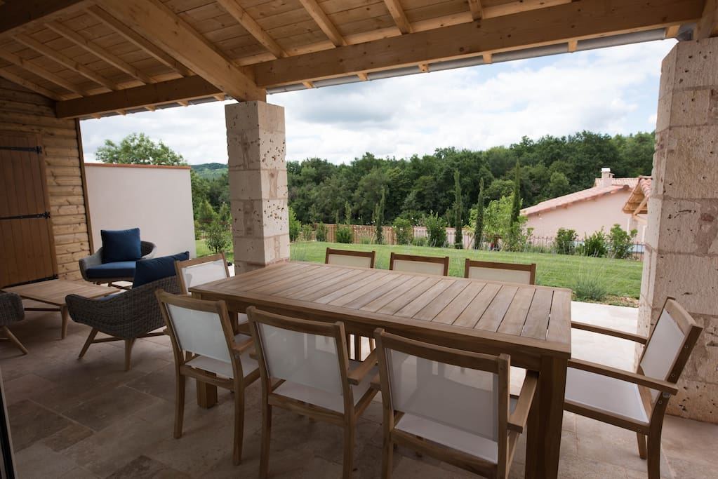 Terrasse couvert