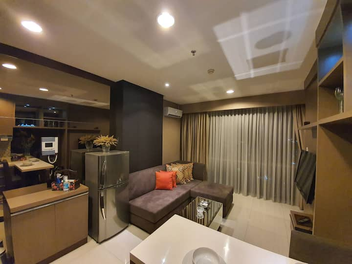 Luxury 1br staycation at Kemang with best facility