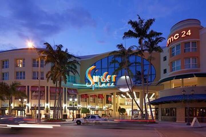 Private Bedroom & Bathroom. Best location in Miami - Miami