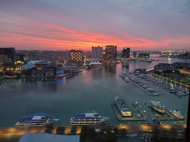 Luxury 2BR/2BA w/ Stunning City and Harbor Views