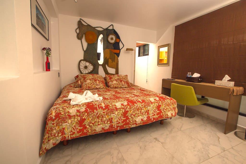 Habitación 6 cama king size y cama individual