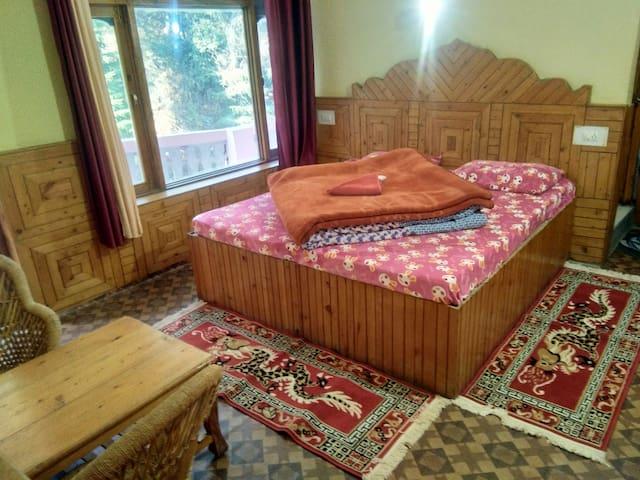 Rana Home Stay Jibhi River View balcony and Garden