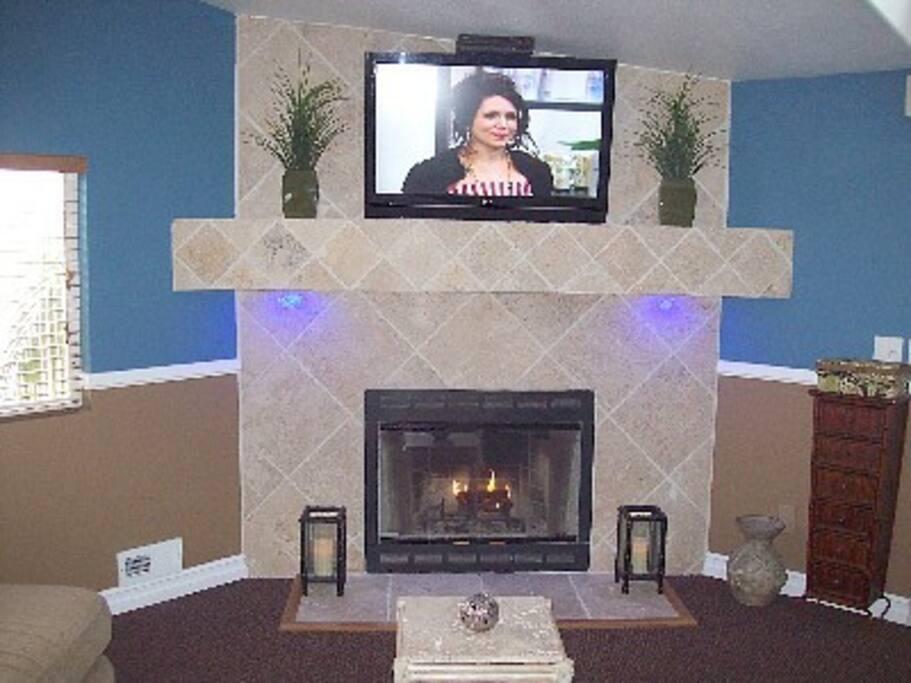 Fireplace - In Livingroom