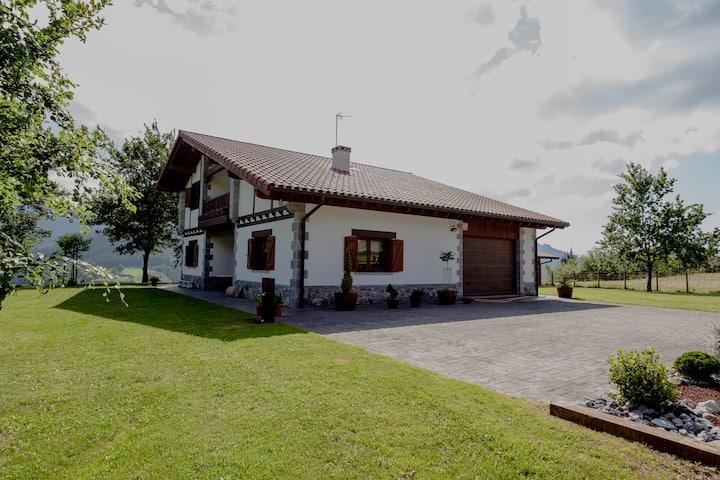 Casa en Dima. Bilbao (Vizcaya)