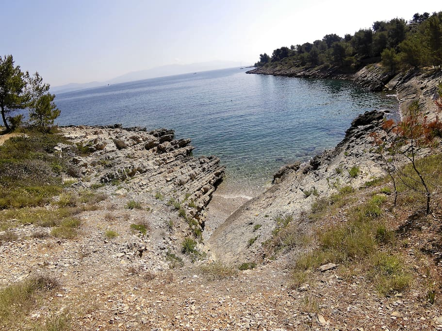 That can be beach for your perfect holiday, short walk and you´r there
