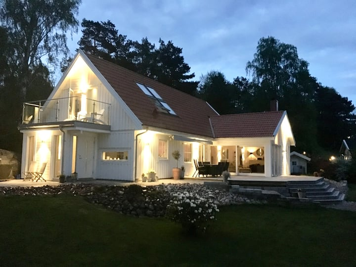 Stor villa med närhet till bad