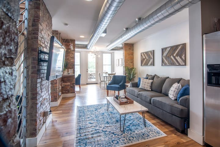 Gorgeous 1 Bedroom Condo in the Heart of OTR