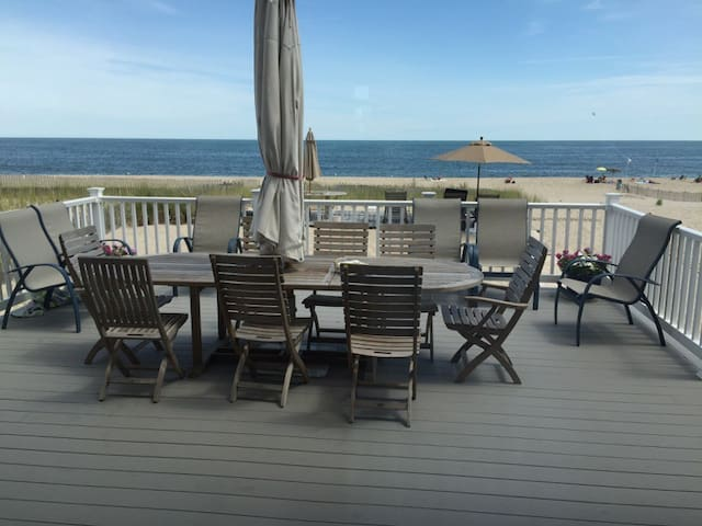 New Oceanfront 6BR Home with Private Beach - Point Pleasant Beach