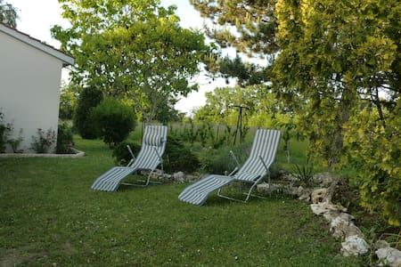 Un séjour bucolique sous les chênes