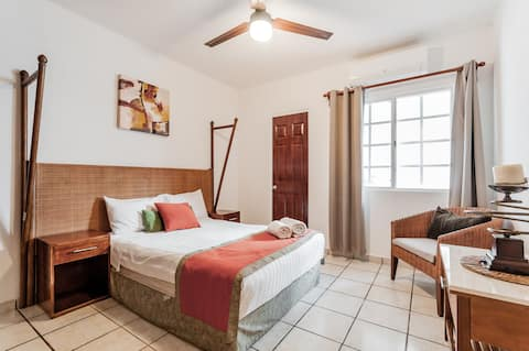 One-story Huayacán House  Excellent price&location