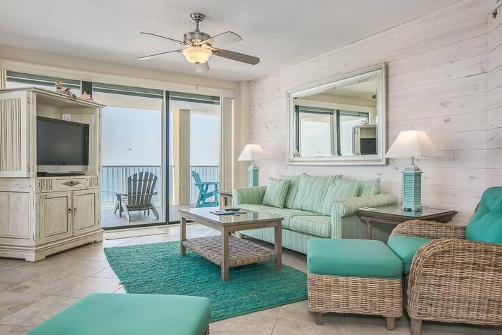 Summer House 1401A-Gorgeous 14th floor beachfront corner condo w/ amazing views!