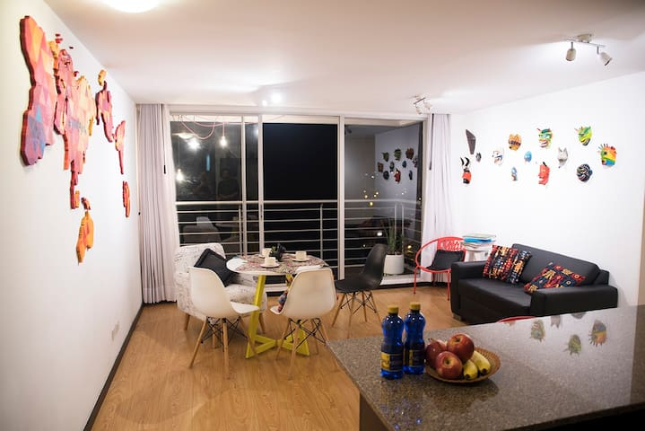 Bright, modern, safe and close to Plaza Foch