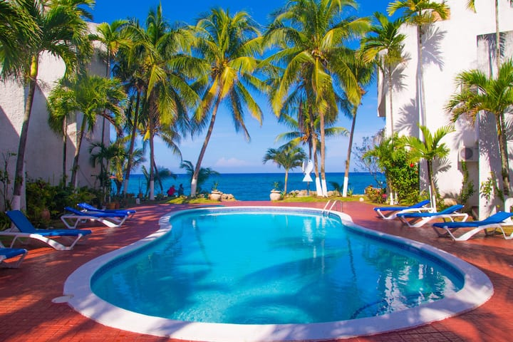 Chrisanns Paradise Suite by the Ocean