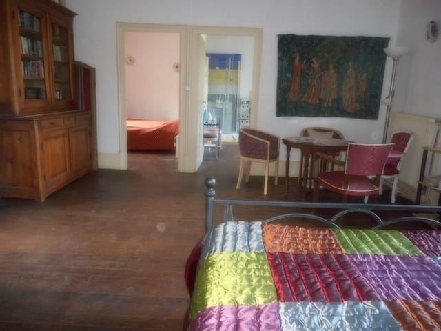 Shopicerie Family Suite and view of Burgundy Canal