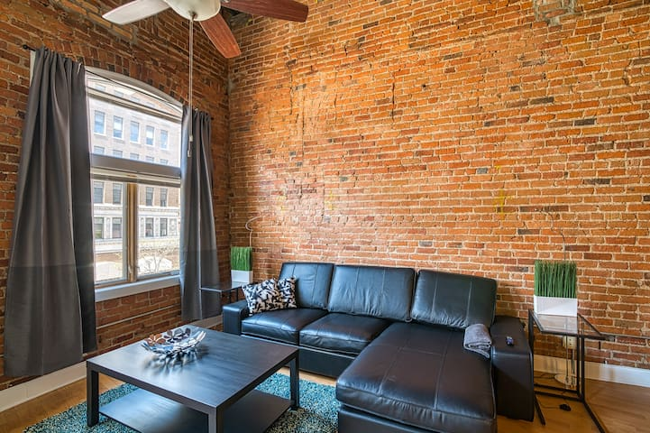 Bright Studio w/ Parking Steps from the Capital!