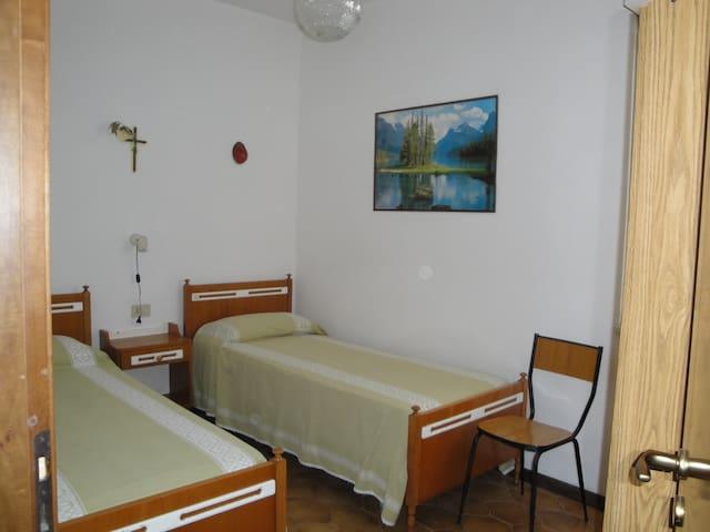 Appartamento in casa singola vicino al mare - Montesilvano - House
