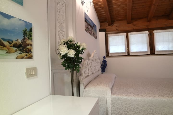 Lara Apartment - FOR N.2 PERSONS  -independent