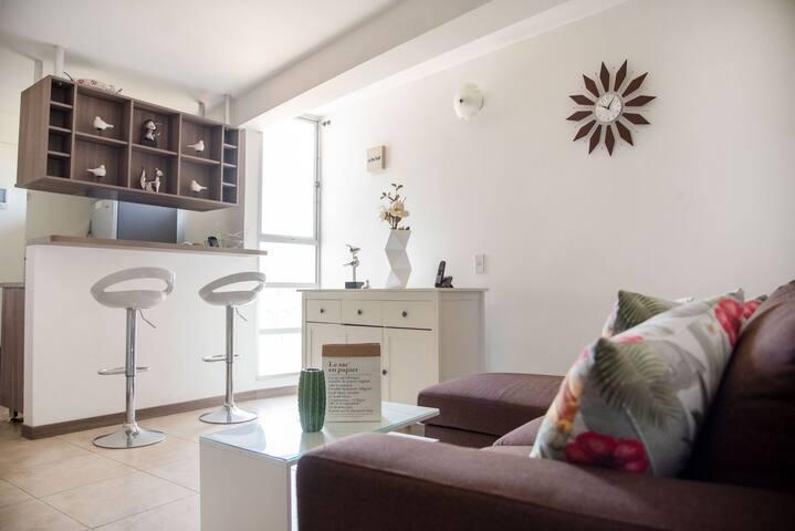 Moderno y cómodo Aparta-estudio / Pilarica