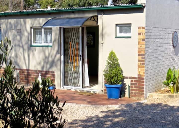 Amalia Cottages:Two selfcatering units in Pretoria