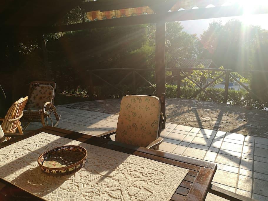..patio soleggiato e spazioso