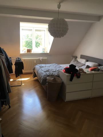 Friendly place for a stay in SCHWABING, 20m2