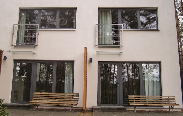Terraced house with 1 bedroom on 43 m² in Sliwice