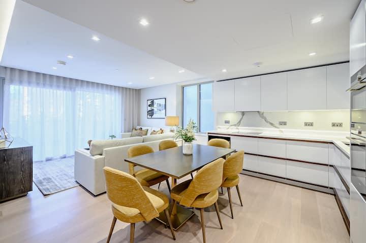 Elegant New 3 Bedroom Apartment in Heart of London