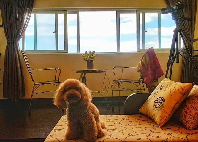 基隆最美民宿觀海靜心九份尋幽海科館探險東兩房一廳雙衛適合全家人渡假可住4-6人超過4人各加500元,