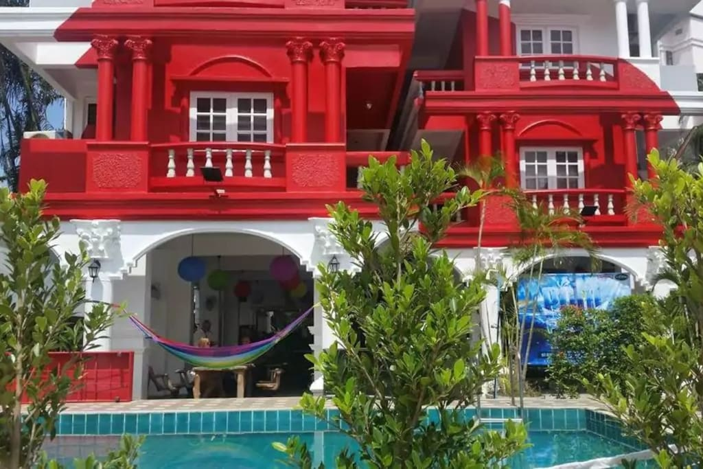 The royal guesthouse :')