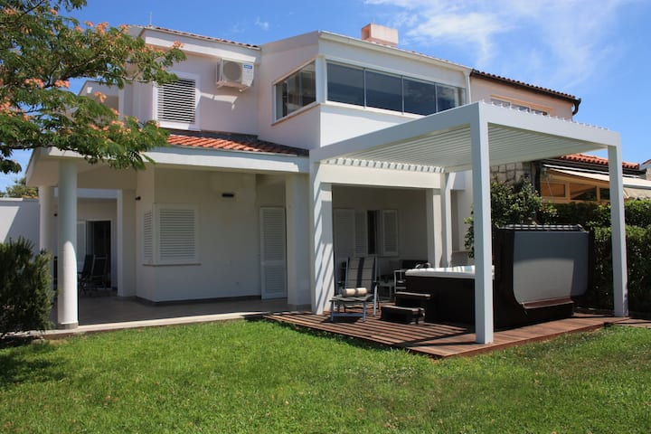 Sunwell apartments II, Novalja, Gajac, Zrce