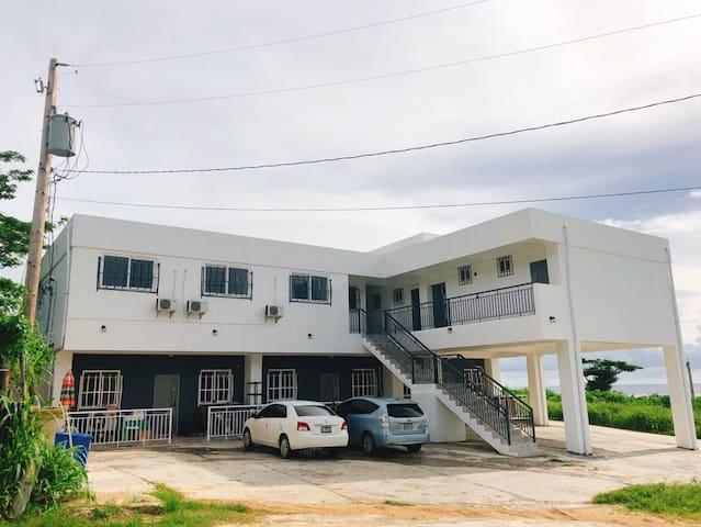 사이판 괄로라이 하우스 203호(Gualo Rai House 203, Garapan)