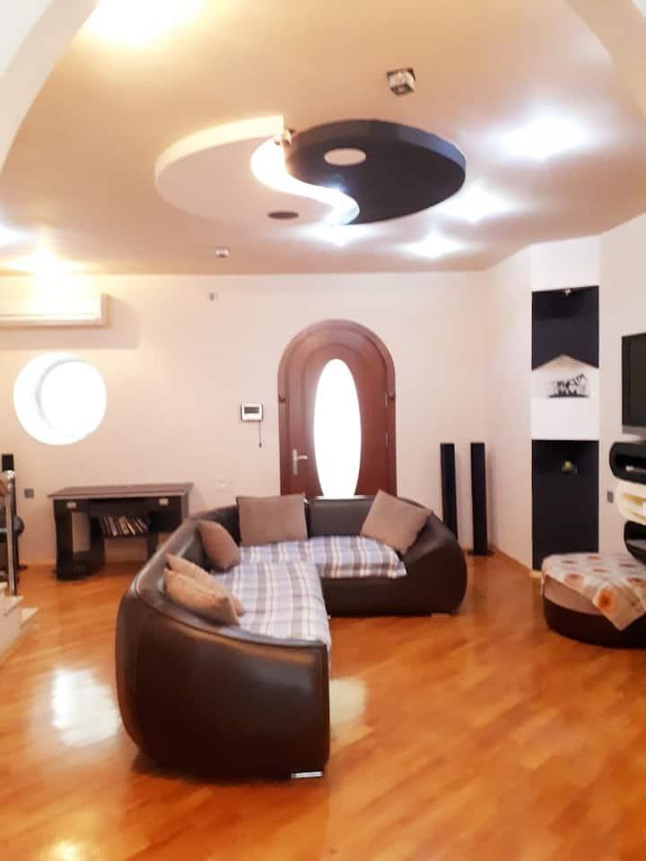 Многоквартирный дом в г. Баку