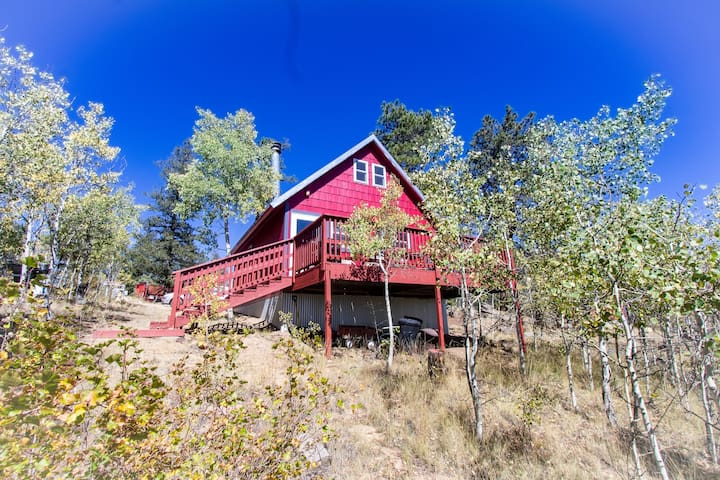 Secluded Cabin Retreat/Colorado Aspens/RELAX NOW!
