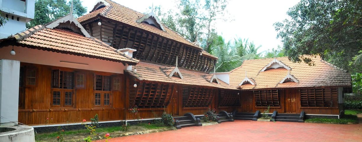 Enjoy comfort of Homestay and nature at its best - Muvattupuzha - Bungalo