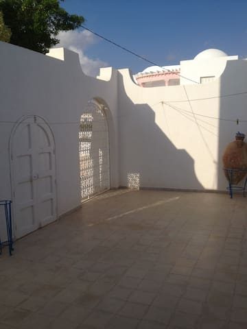 MAISON DES OLIVIERS - Zarzis - Huis