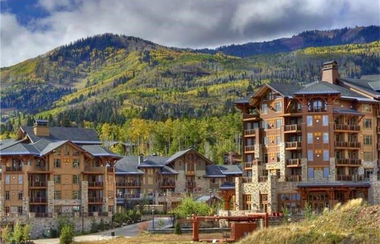 New Listing! Luxury condo w/ski-in ski-out access!