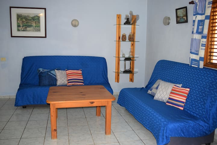 Big apartment near the beach/2 bedrooms and pool