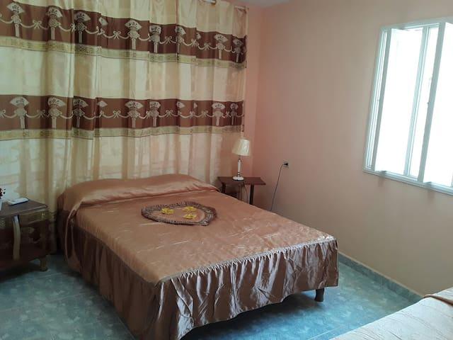 Hostal Villa Mena hab 1
