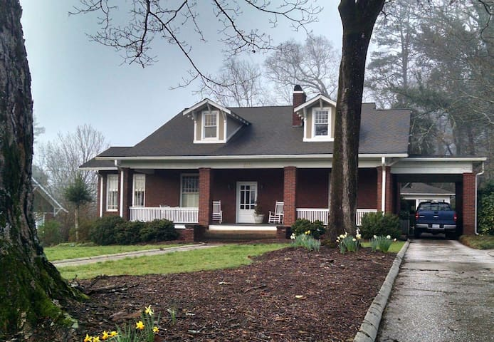 Historic charm near Tryon Equestrian Center