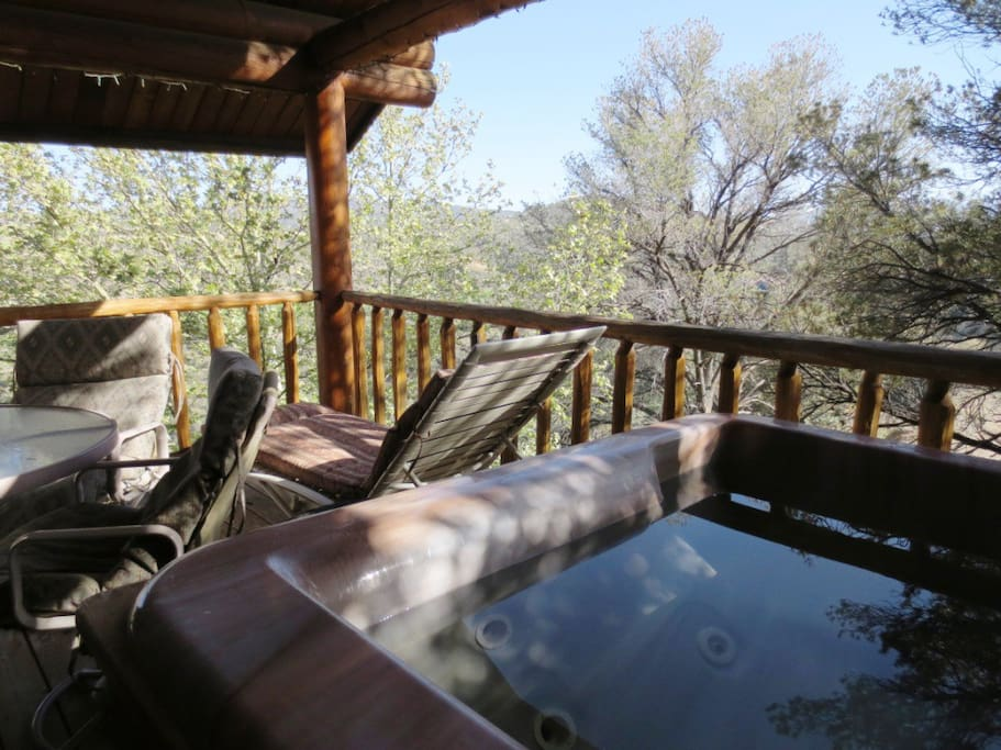 Private Hot Tub and Deck with Lounge, Table and Chairs