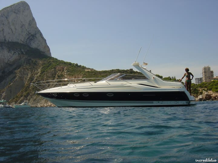 Bluemoon...a great yacht to spend time in Poros!