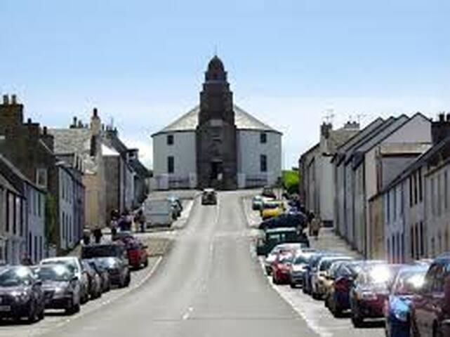 Bowmore Main Street
