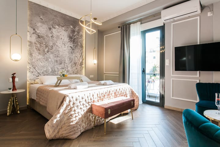 Explore City Center from a Lux Suite