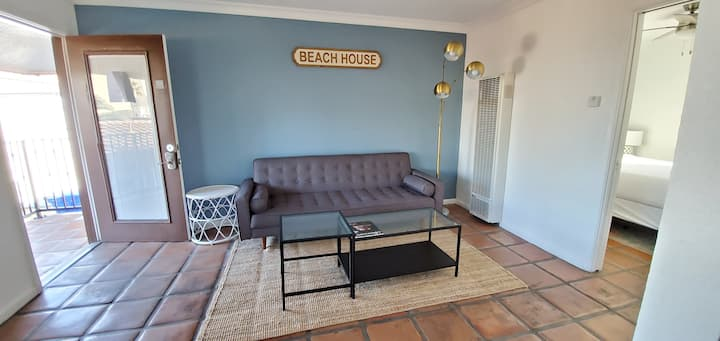 Apartment style suite * Beachfront! Imperial Beach