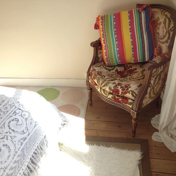Light, sunny, quiet double room.