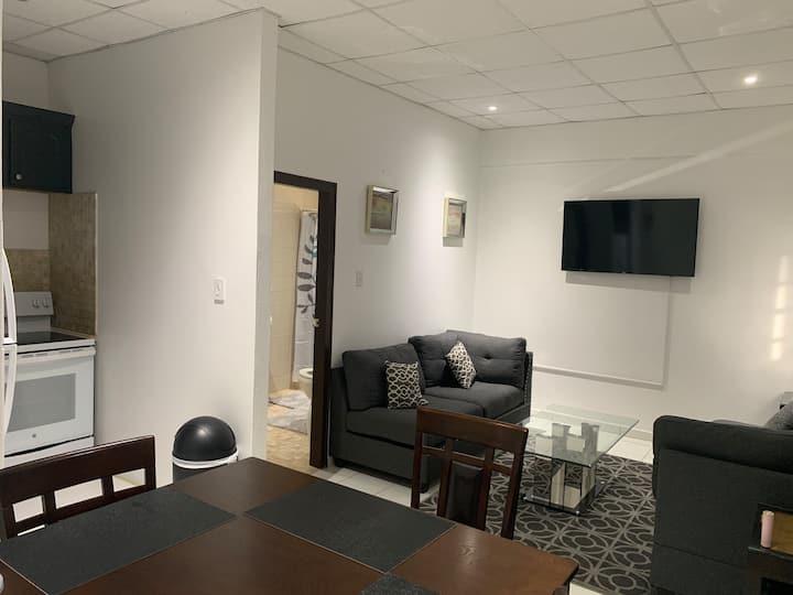 One bedroom Apartment in Philipsburg + free wine