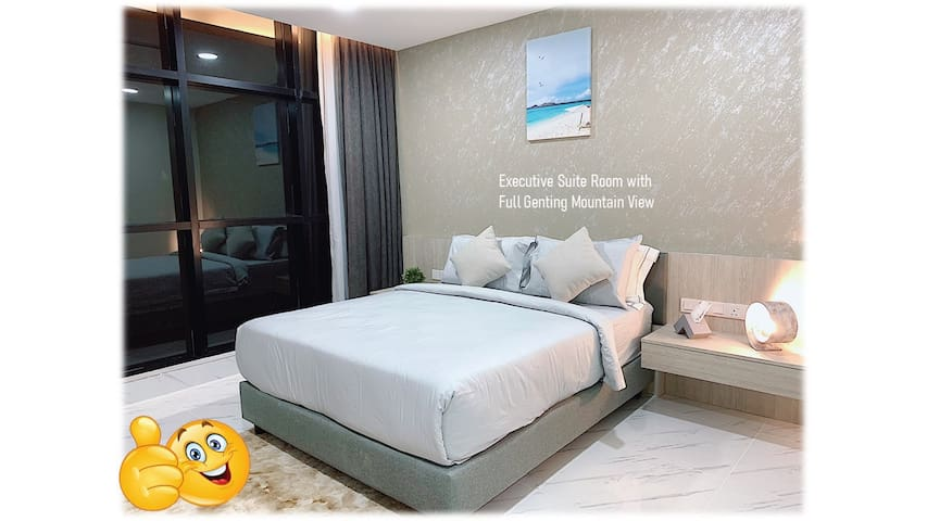 President Suite with Queen Size Bed 双人床行政套房  150cm (W) x 183cm (L)