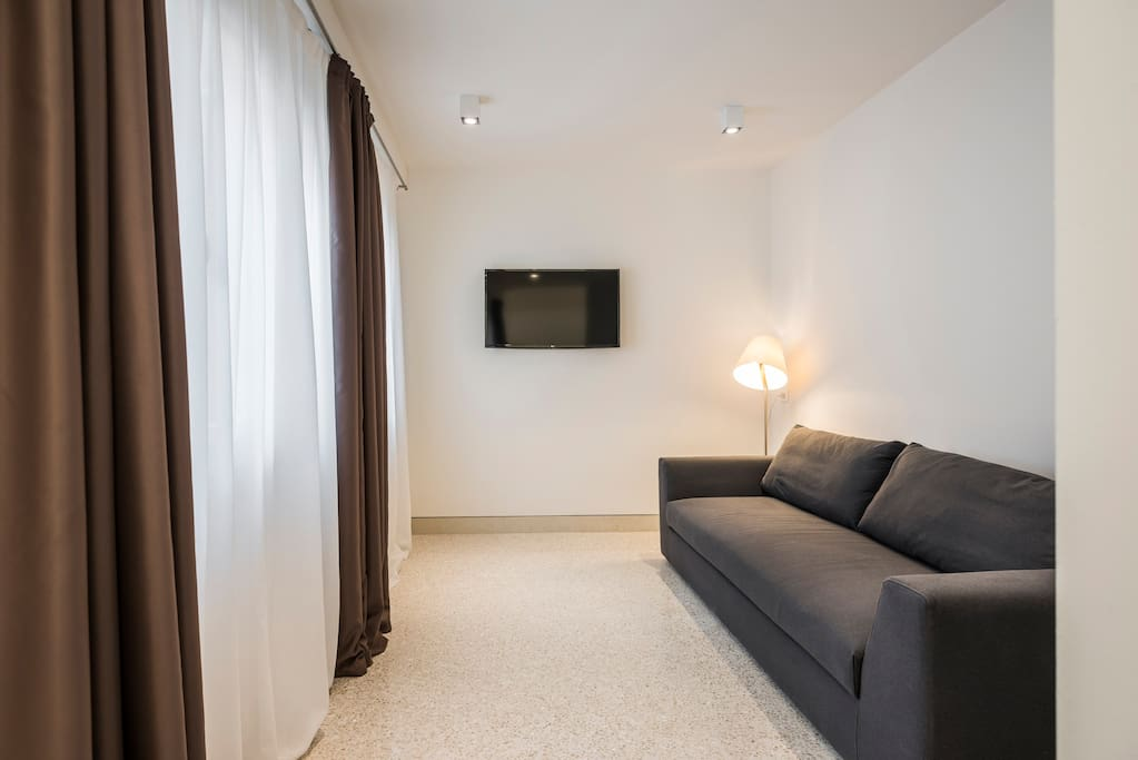MyPlace Campo Santa Margherita Terrace Apartment- zona giorno