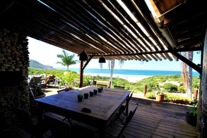 Linda casa 5 quartos bem próxima da Praia do Rosa